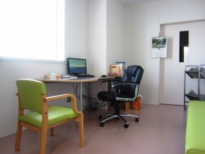 今治病院 診察室